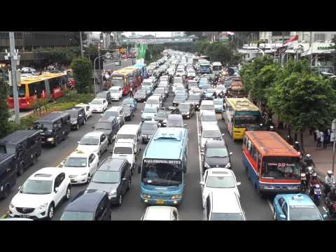 amazing traffic in Jakarta city