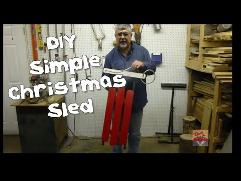 DIY Simple Christmas Sled