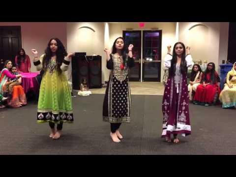 Pakistani Mehndi Dance 2016 in UK