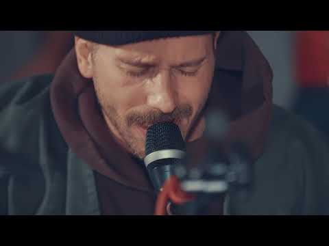 Portugal. The Man live set (Live In The Moment, Feel It Still, Don't Look Back in Anger and more)