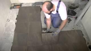 видео как правильно класть напольную плитку