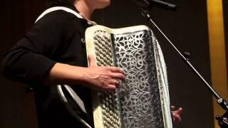 """La petite Tonkinoise - Célina Ramsauer et Léon - """"ENSEMBLE"""" Septembre 2011"""