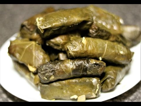 Traditional Greek Cypriot Vegetarian Dolmades step by step recipe.How to make dolamdes