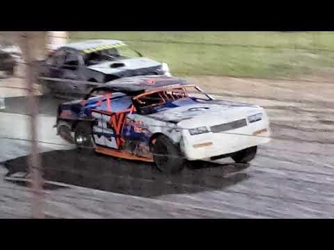 Stock car feature Salina Speedway 7.12