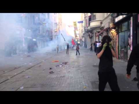 Diren Gezi Park protests Istanbul Turkey may 31, 2013