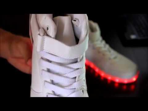 Светящиеся кроссовки Jordan от Brightonstore.ru