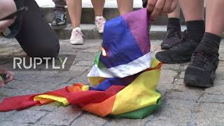 Poland: Nationalists burn LGBT flag while marking 76th anniversary of Warsaw Uprising