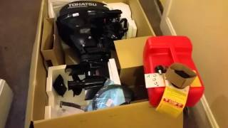 Tohatsu 20hp outboard motor unboxing