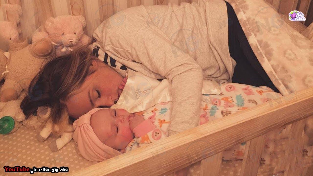 الزوج يفاجأ بزوجته فى سرير الطفل - ولكن سبب لا يصدق اكتشفه اصابه الدهشة !!