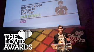 danisnotonfire accepts Lovie Internet Video Person of the Year