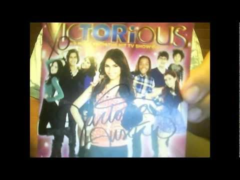 Victorious Soundtrack AUTOGRAPHED!!!!! :)