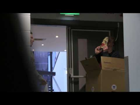 Dick In A Box - Jono And Ben At Ten