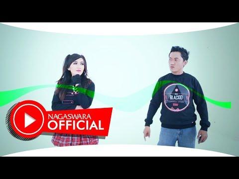 Indah Sari Feat MU Band - Apa Sih Maumu (Official Music Video NAGASWARA) #music