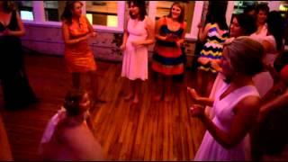 Breakdancing 4 year old Flower girl