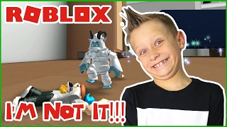 I AM NOT IT!!! / Roblox Hide & Seek Extreme