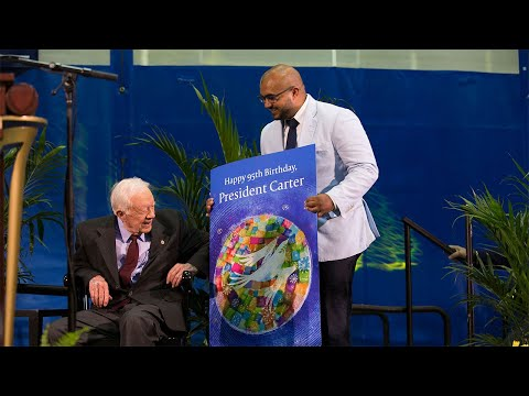 Emory Students sing Happy Birthday to President Jimmy Carter
