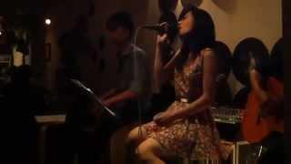 Chuyện như chưa bắt đầu   Acoustic cover by Trang Ly   YouTube