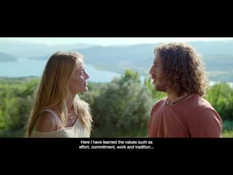 Catalonia, we are a great team, do you play? By Carles Puyol and Vanesa Lorenzo