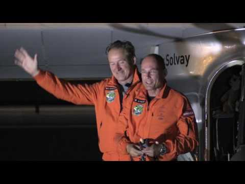 Solar Impulse 2 flies into Lehigh Valley airport May 25, 2016