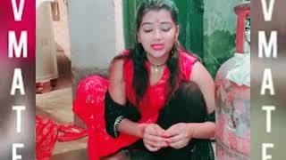 Pyhu bharti ka viral jalwa ll VMate desi beauty ll देसी लड़की घर के काम करने के साथ गाने गाती है