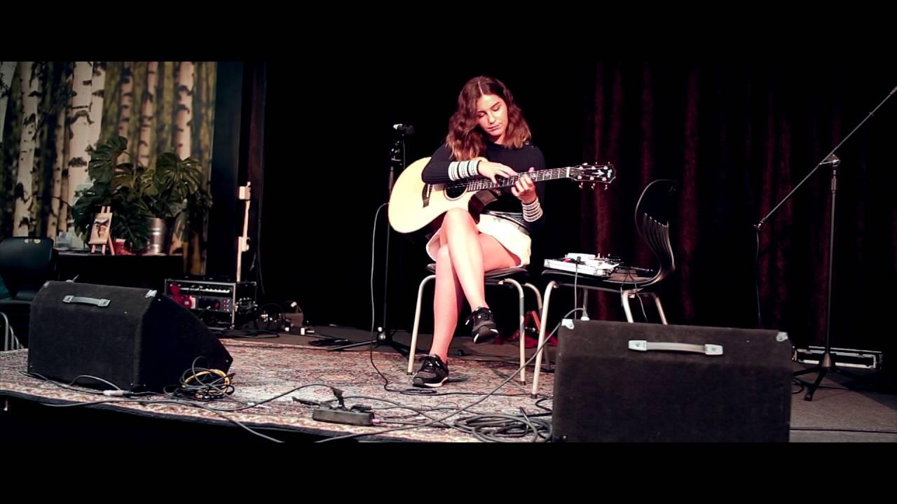 Gabriella Quevedo Live In Borås | Doovi
