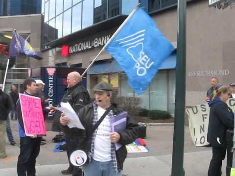 demand-justice-for-injured-workers-protest-at-wsib-in-london,-ont---dec-14-2015