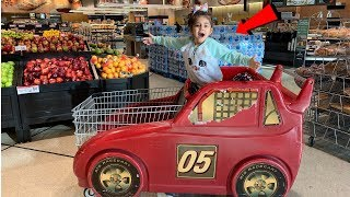 Sally Pretend Play Shopping for Healthy Food - video for Kids
