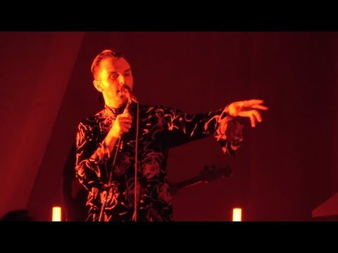 Hurts - People Like Us (Live in...