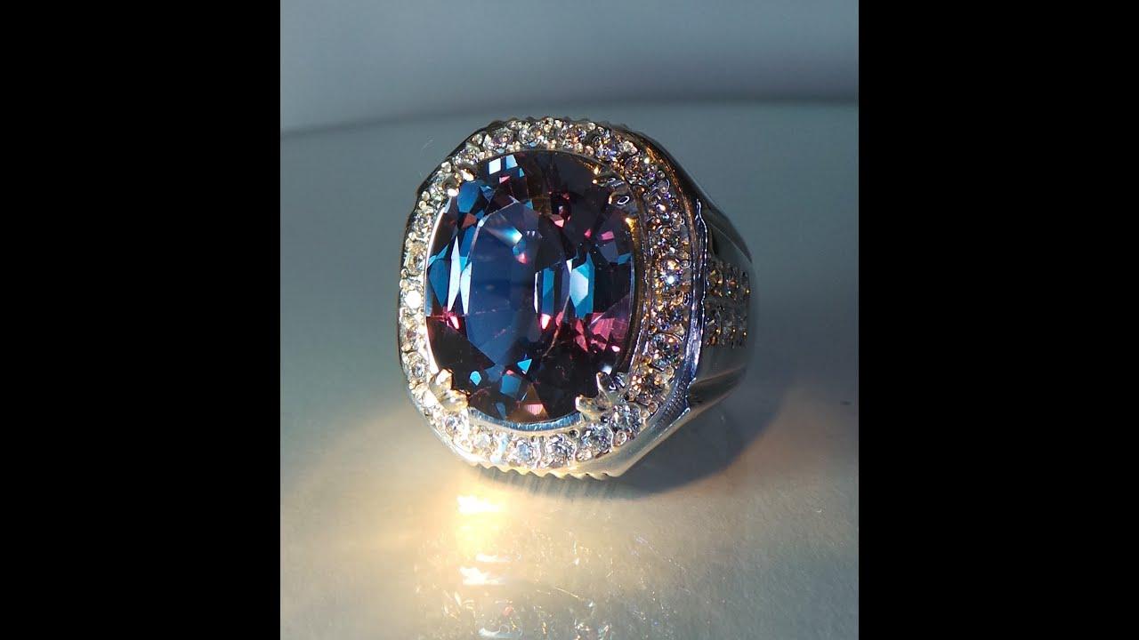 Natural Alexandrite Ring 125 cts  YouTube