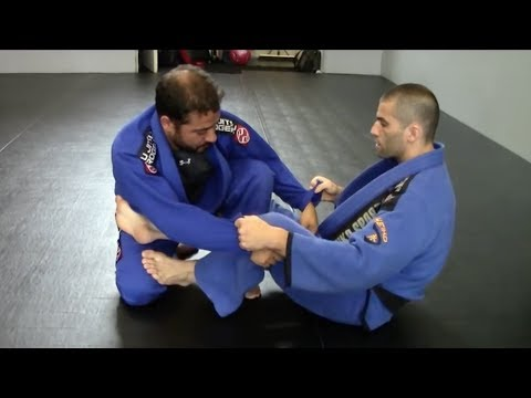 how to pass de la riva guard