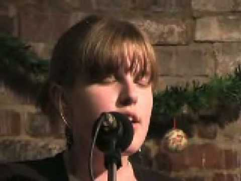 "Lucy Ward sings ""The Band Played Waltzing Matilda"""