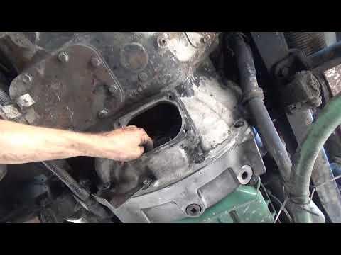 Replace clutch on big truck. (part 5) Install transmission, adjust clutch.