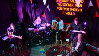 Right Girl (Acoustic Live) - The Maine
