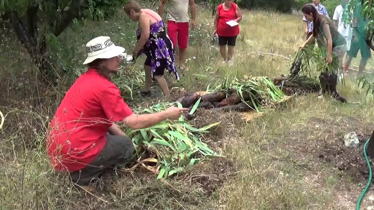Une butte de culture youtube for Creer une butte permaculture