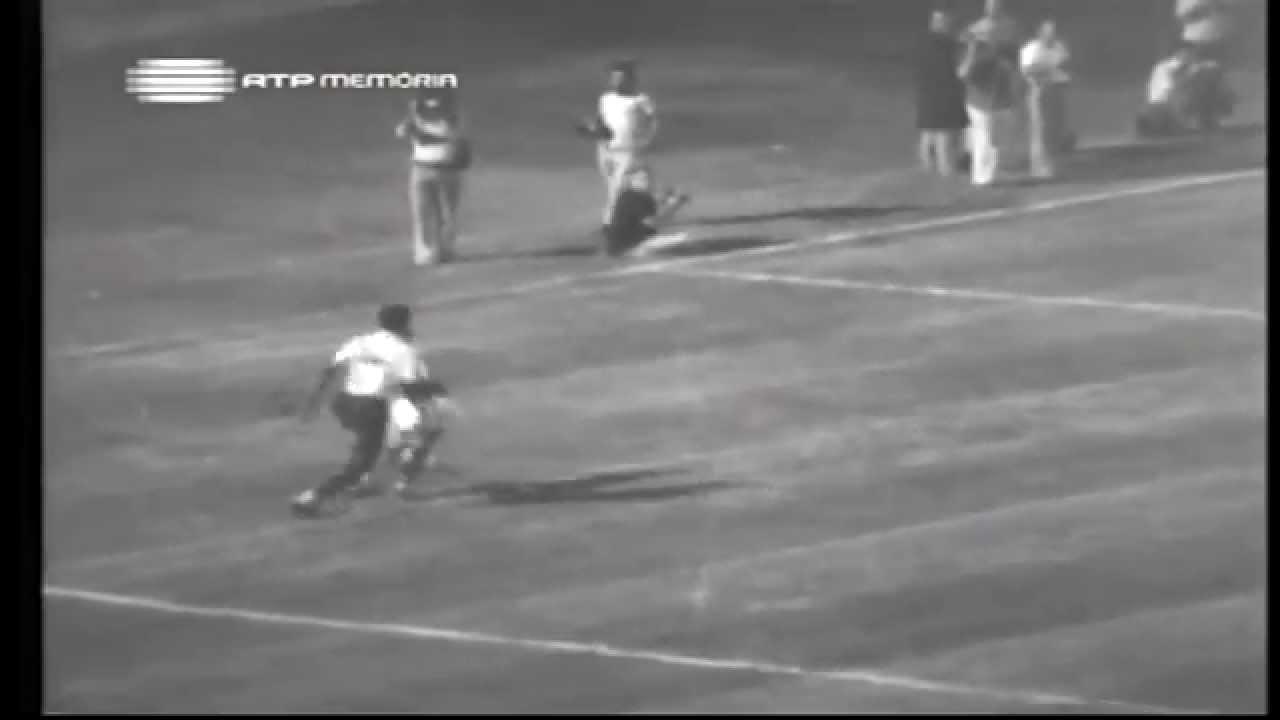 Dinis (Sporting) no Portugal - 3 x Irão - 0 da Minicopa 1972 - Fase Grupos