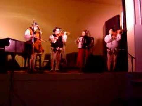 Goralska Muzyka - Od Krakowa Czarny Las