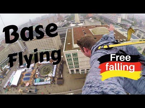 Base Flying in Berlin - Controlled Freefall
