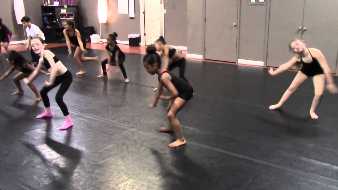 HIP HOP MOVES FOR KIDS: CLEAN HIP HOP MUSIC FOR KIDS: Left and right  tutorial
