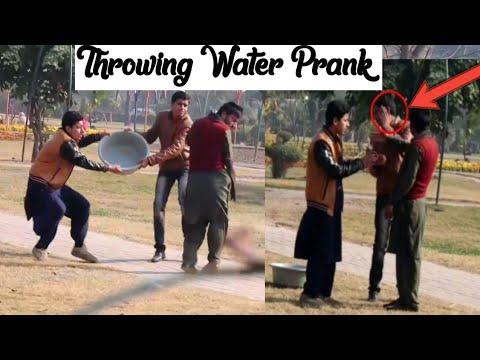 Throwing Water On People  In This Winter - Prank In Pakistan - Pindi Gang