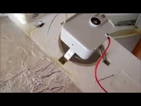 Забитый дренаж у холодильника SAMSUNG RT37MBSW1