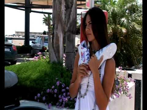 YUMAS making LORENA BERNAL 2011.avi