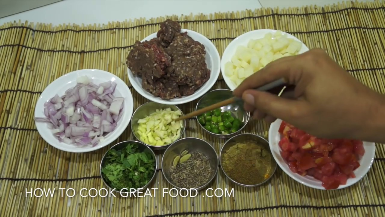 Aloo keema recipe indian minced beef potatoes youtube forumfinder Gallery