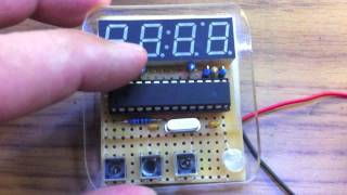 Repeat youtube video 4 Segment LED Clock - Multiplexing slowed down