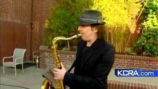 Boney James Performs 'Spin'