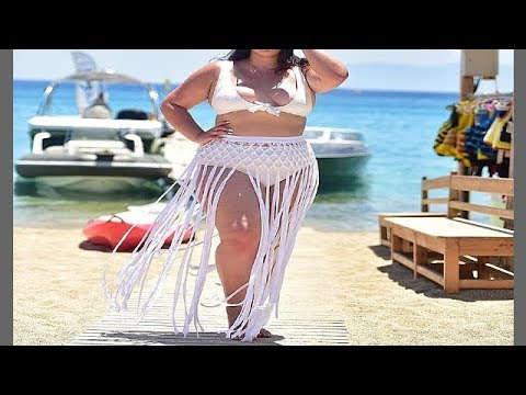 Wardrobe Necessity - Best Curvy Women Fashions For A Fuller Figure from YouTube · Duration:  3 minutes 46 seconds
