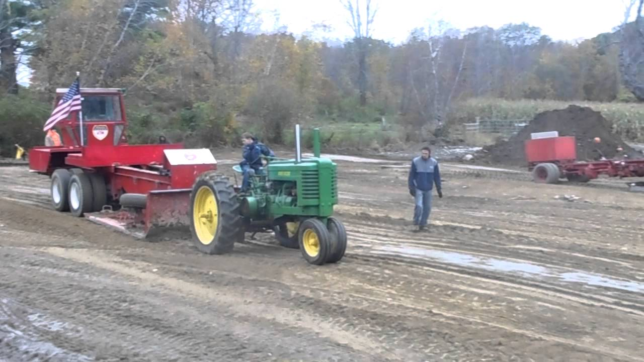 Crescent Farms New England Tractor Championship Pull Off