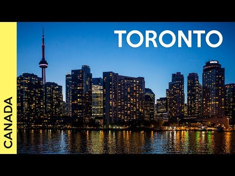 TRAVEL VLOG Things to do in Toronto, Canada - Day 1: Downtown Toronto