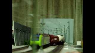 Europe Rail  Modelleisenbahn HO BLS- Cargo Re485 Ausweichbahnhof  ausweichen. InterCity zug ③