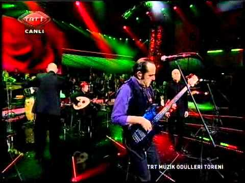 MFÖ - Güllerin İçinden (TRT Müzik Ödülleri)