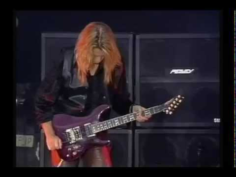Whitesnake - Adrian Vandenberg Guitar Solo (live in Russia 1994) HD